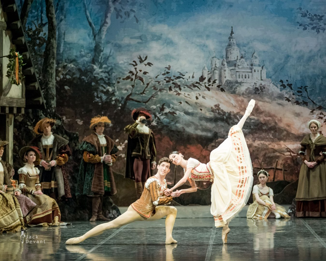 Giselle, Marta Navasardyan and Eneko Amoros in peasant pdd heads