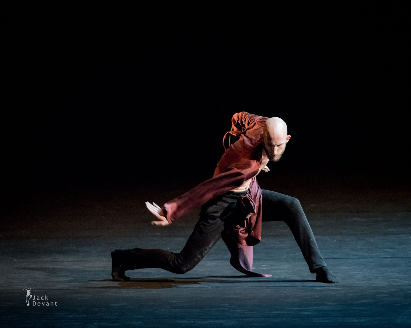 Drew Jacoby and Matt Foley (Royal Ballet of Flanders) in Dido and Aenas