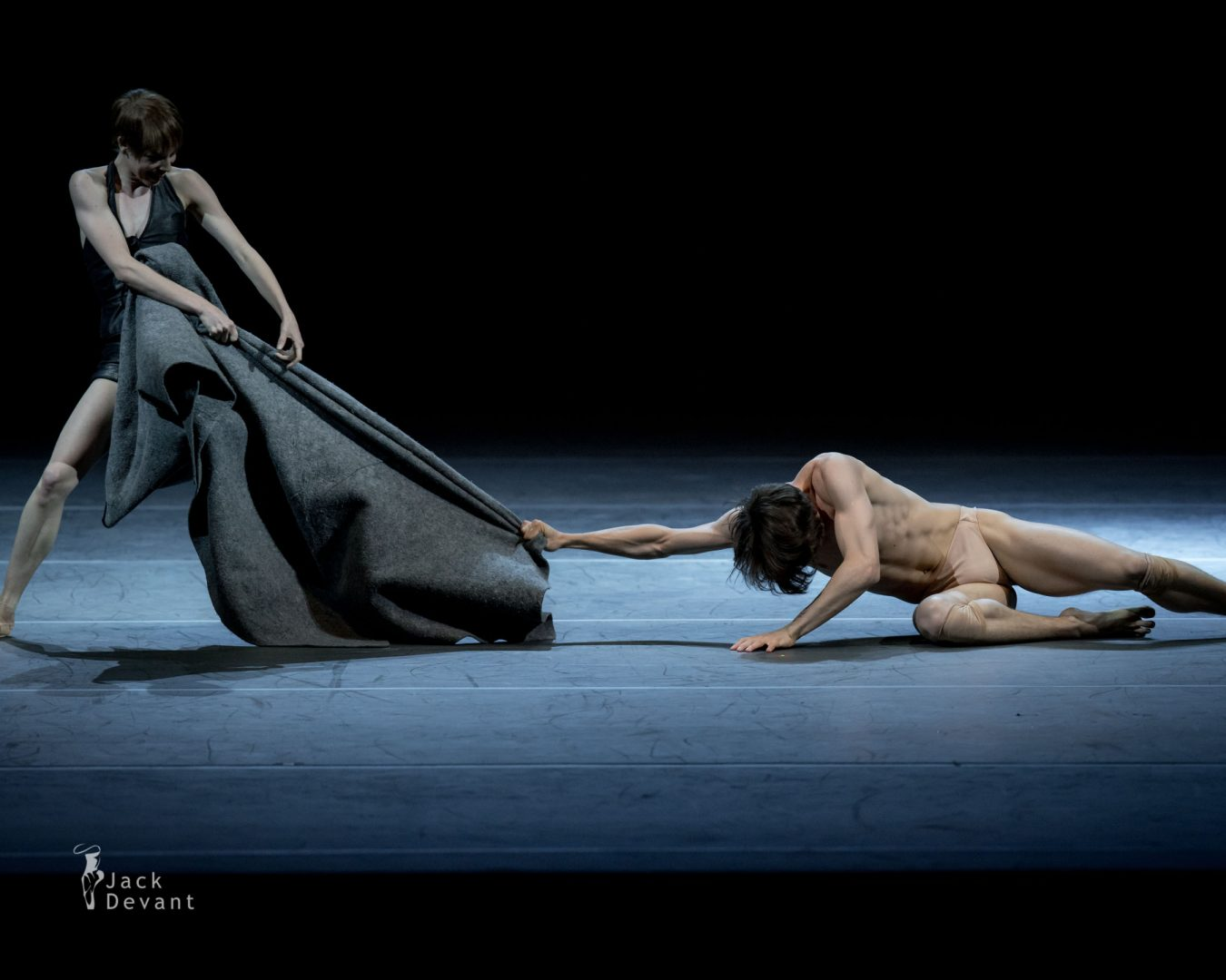 Elisa Badenes and David Moore in Salomé 2