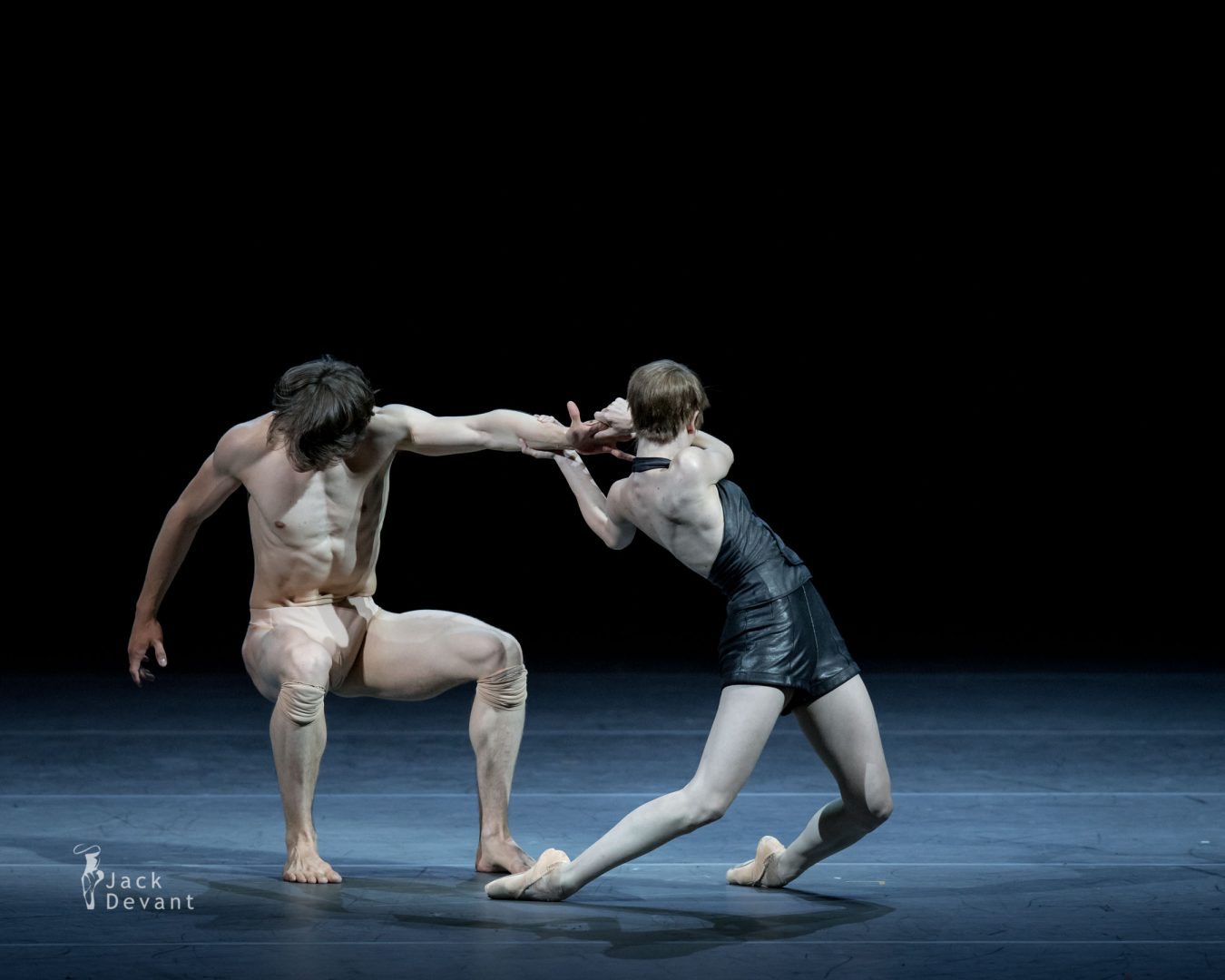 Elisa Badenes and David Moore in Salomé 3