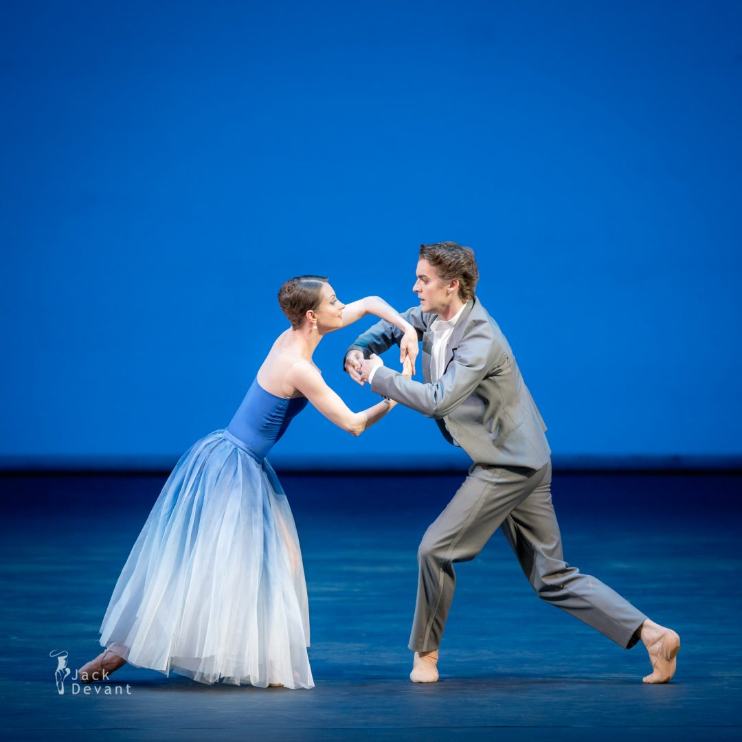 Nina Kaptsova and Alexander Volchkov (The Bolshoi Theatre) in the duet of Bianca and Lucentio from Taming of the Shrew. Music by Dmitri Shostakovich, choreography by Jean-Christophe Maillot