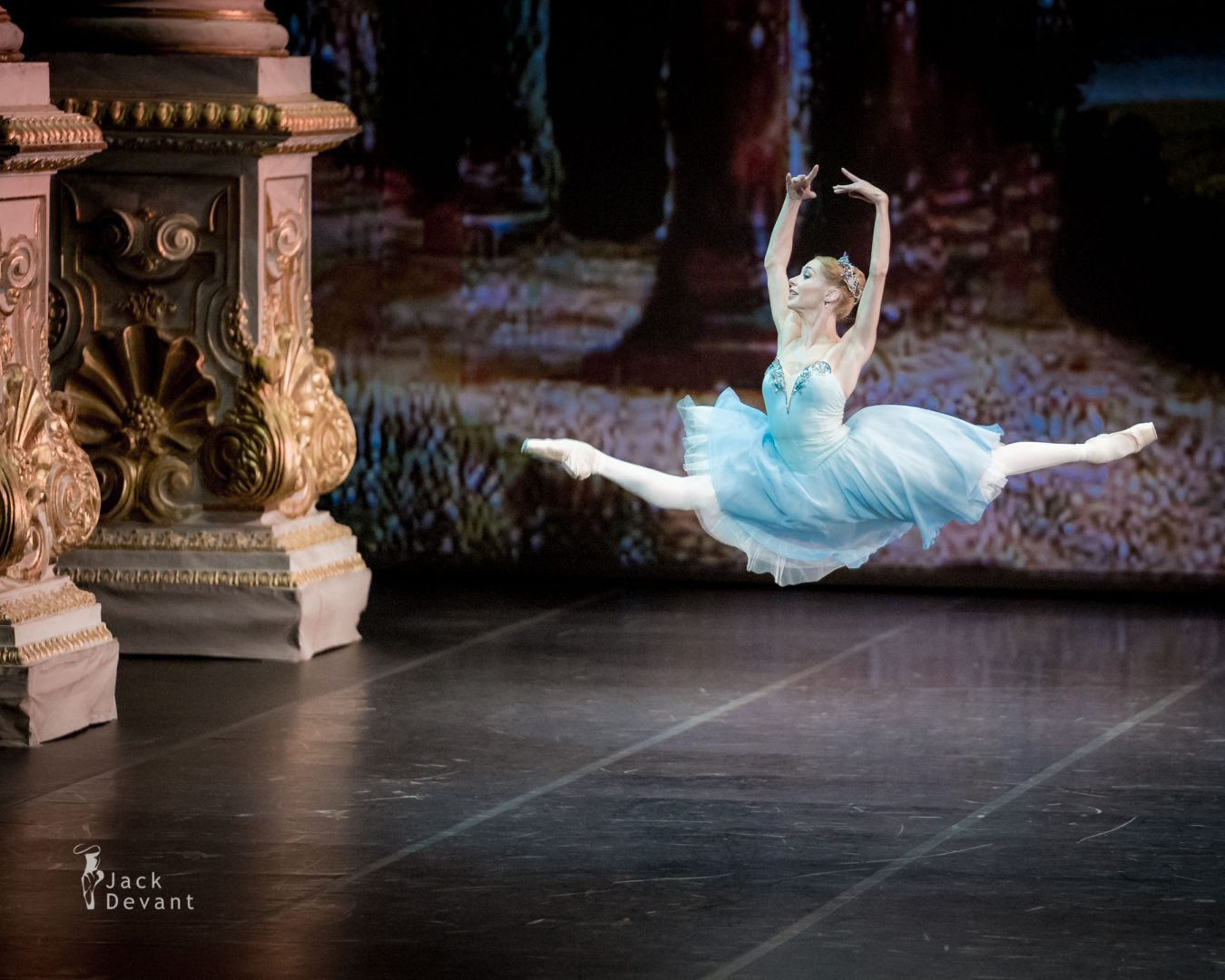 Iana Salenko in The Talisman grand jete 2