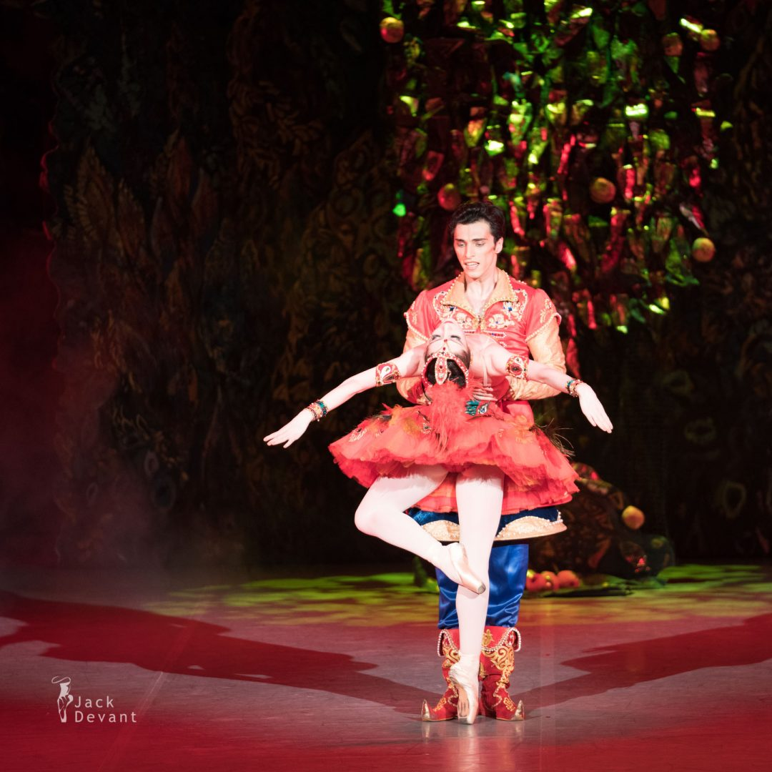 Nutsa Chekurashvili as the Firebird