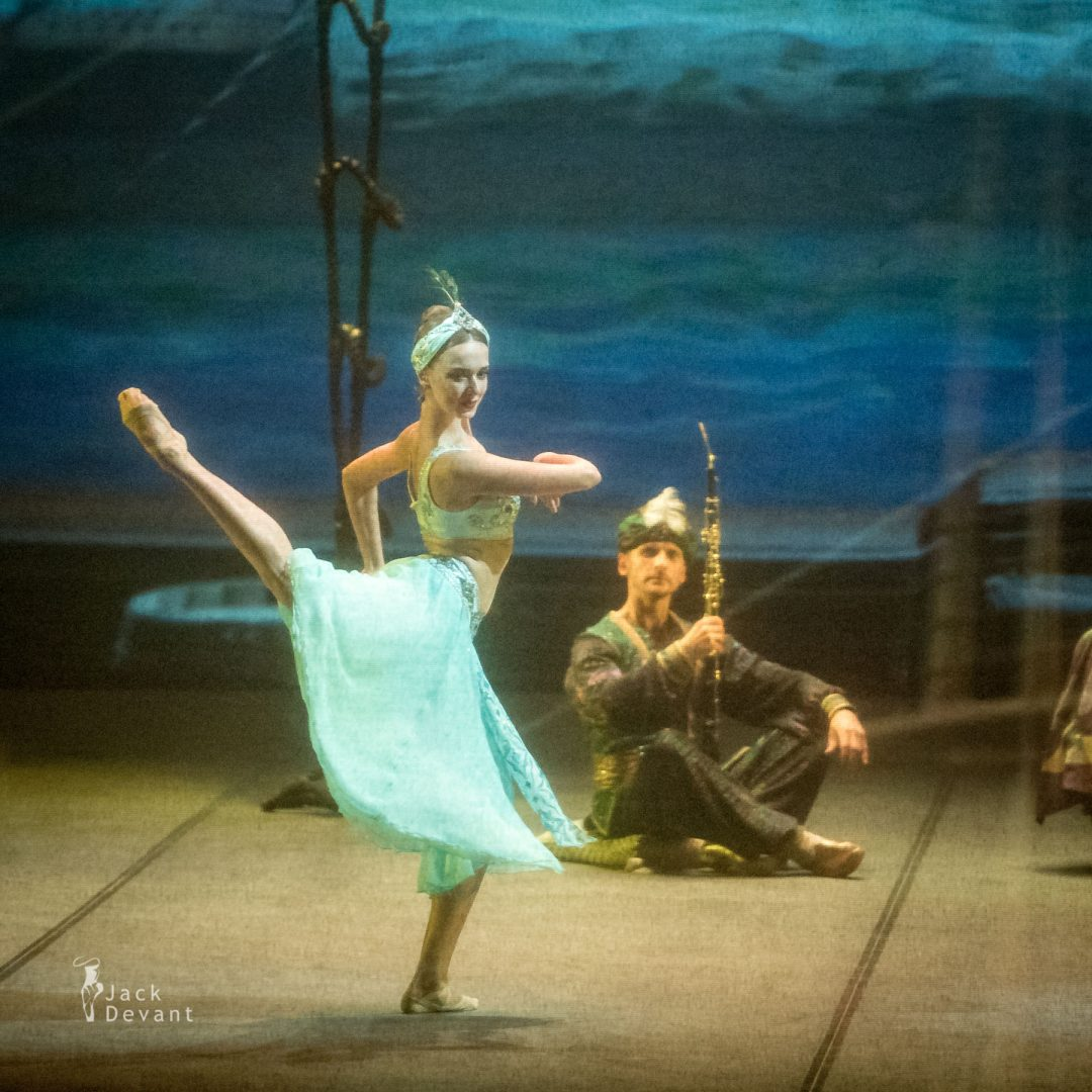Anna Sharovieva (Анна Шаровьева) in the Oriental Dance, Mikhailovsky Theatre