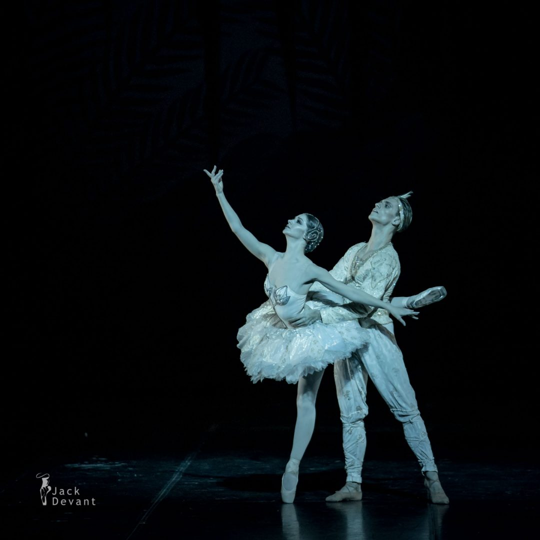 The Kingdom of the Shades Laurretta Summerscales as Nikiya, Sergei Polunin as Solor 1