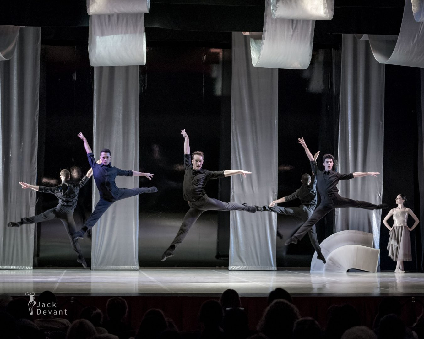 Swan Lake - Balletto di Milano