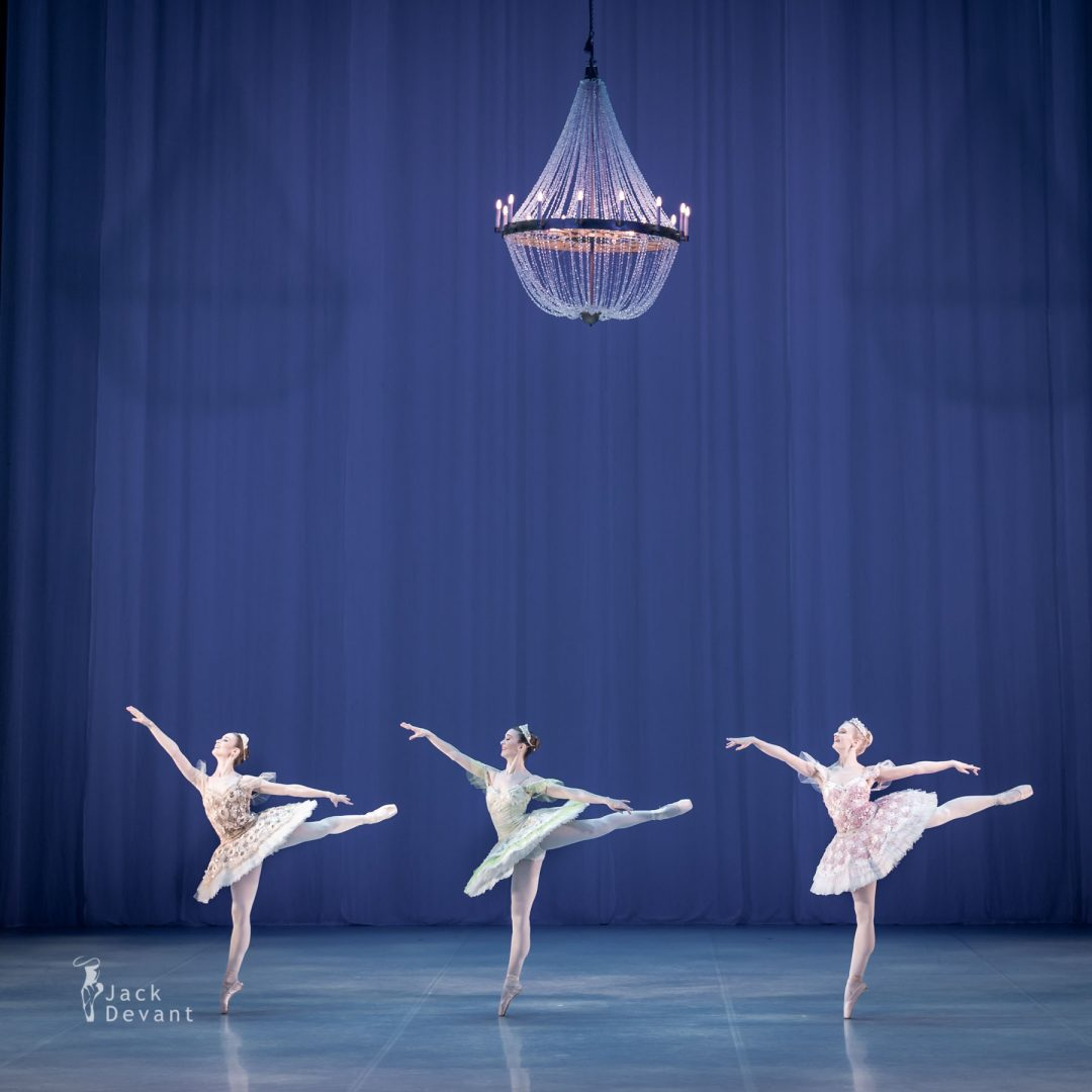 Alexandra Foyen, Laura Quin and Amy Bowring in the pas de cinq 6