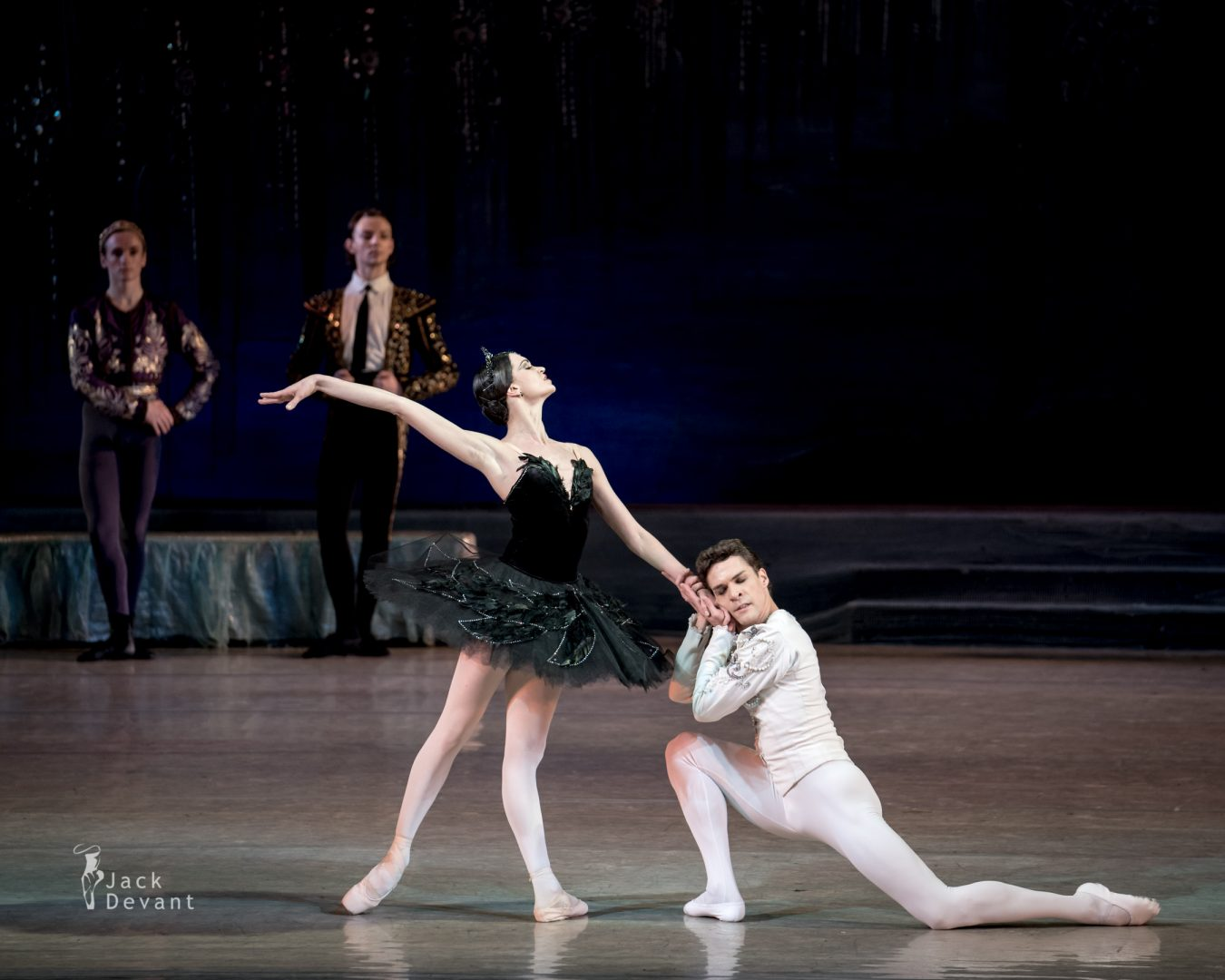 Swan Lake in Kiev, Anastasiya Shevchenko and Denys Nedak PDD final pose