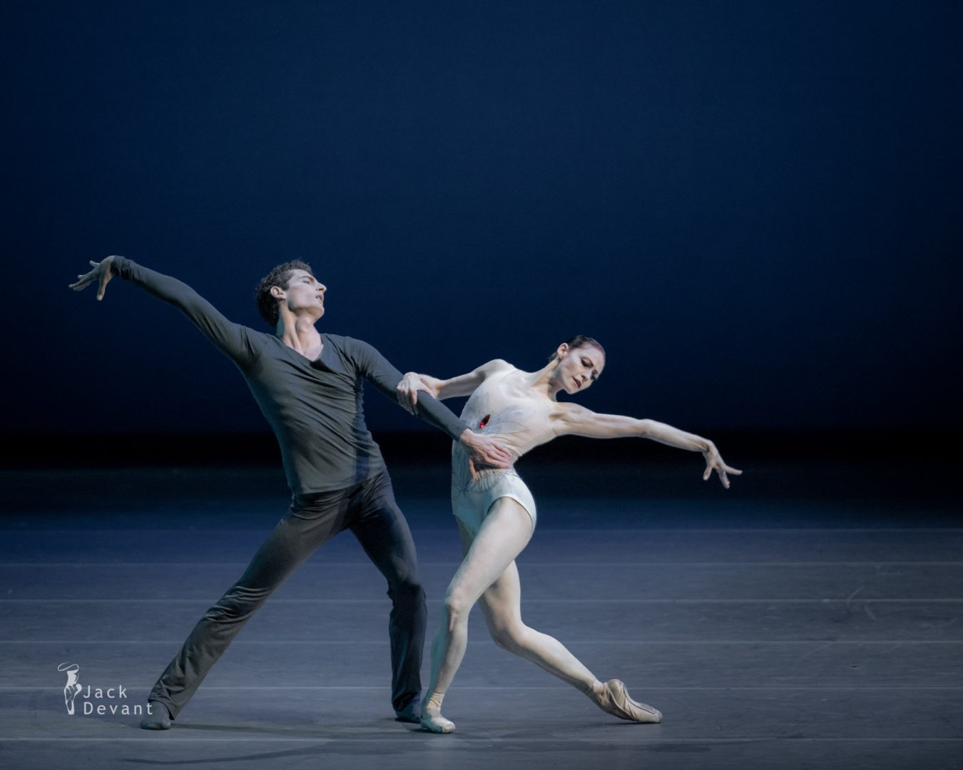 Sofiane Sylve and Carlo di Lanno (San Francisco Ballet) in the duet from Swan Lake