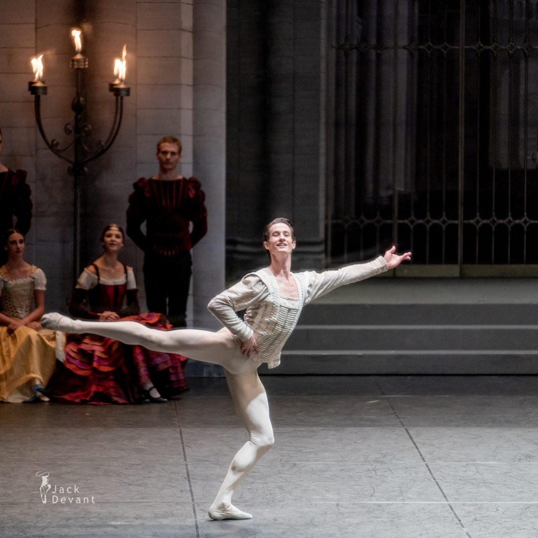 Alexander Jones in Swan Lake pdd variation 6