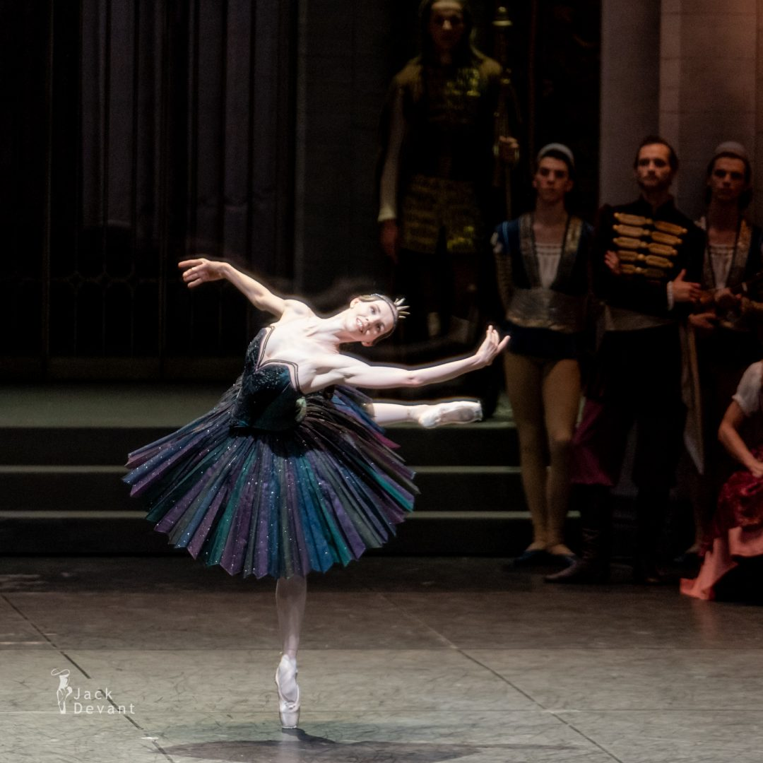 Viktorina Kapitonova in Swan Lake variation 1