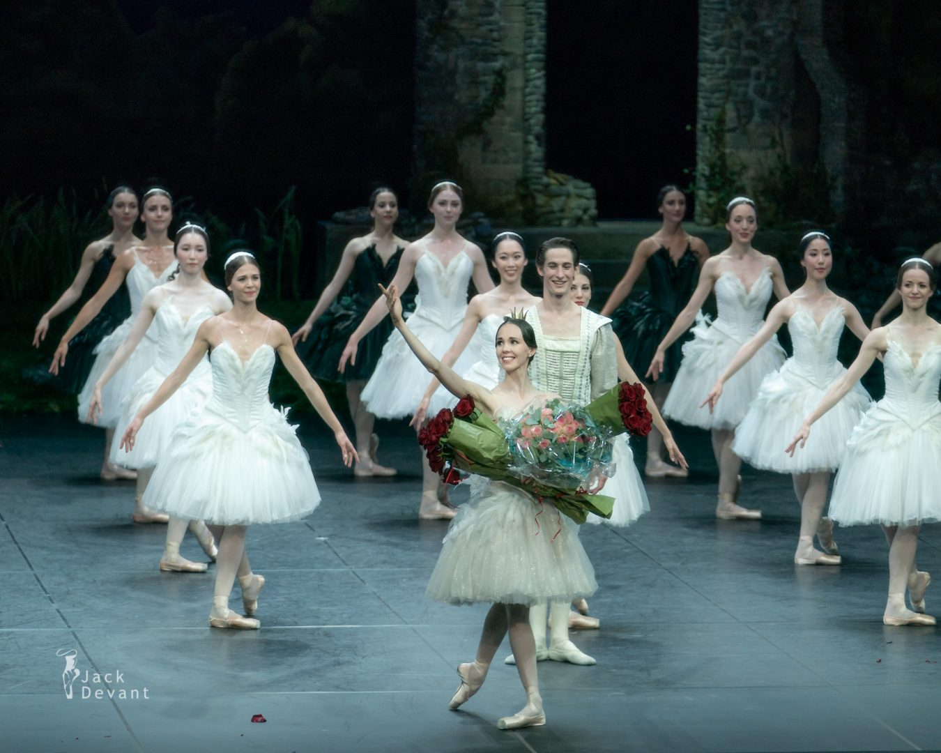 Viktorina Kapitonova last dance as Odette / Odile with Ballett Zürich last bow