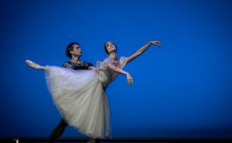 Dorothée Gilbert and István Simon in Giselle