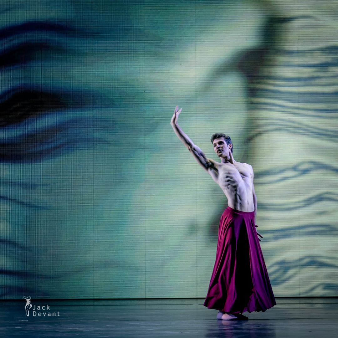 Roberto Bolle in Through the Light