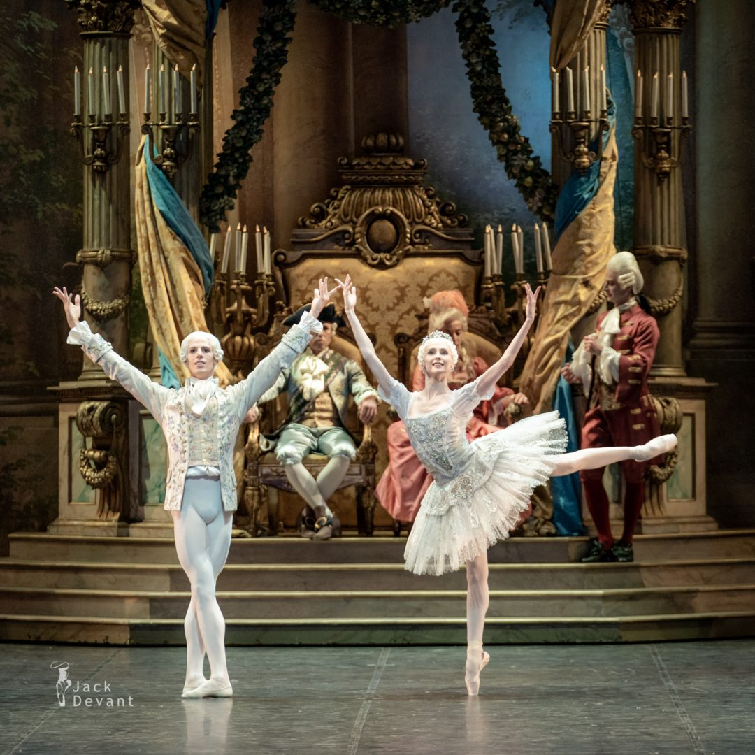 Svetlana Zakharova and Germain Louvet in The Sleeping Beauty
