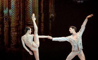 Hee Seo and Germain Louvet in the duet from Renaissance