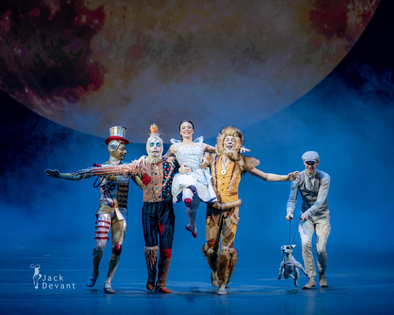 Liliana Hagerman, Jeremy Hanson, Lamin Dos Santos, Christophor Moulton, Stephan Azulay in The Wizard of Oz