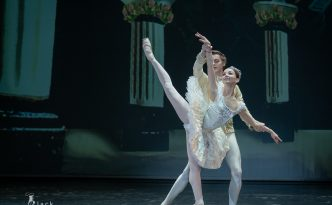 Evgenia Obraztsova and Alexander Volchkov in The Sleeping Beauty