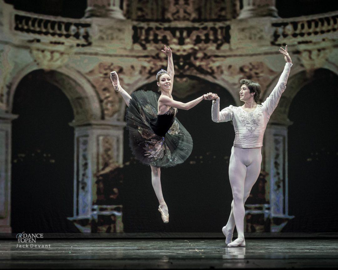 Kristina Kretova and Danila Korsuntsev