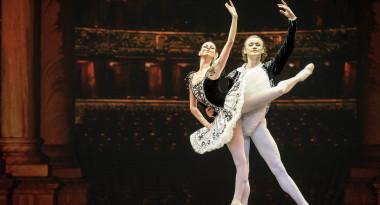 Grand Pas from Don Quixote by Anastasia Matvienko and Denis Matvienko, music by ludwig Minkus, choreography by Alexander Gorsky