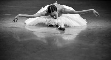 Olga Smirnova rehearsing Swan
