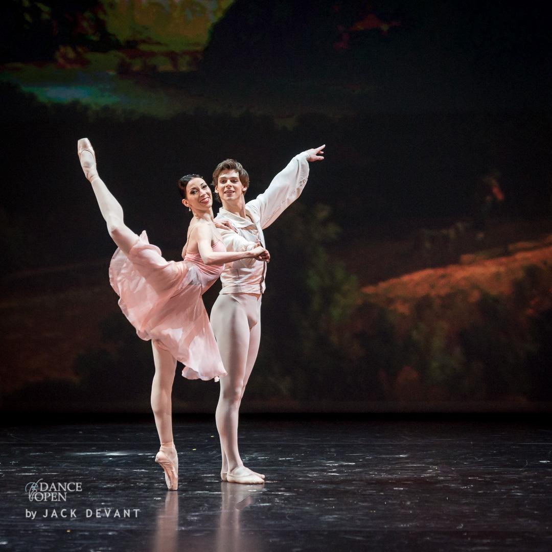 Viktoria Tereshkina and Vladimir Shklyarov i