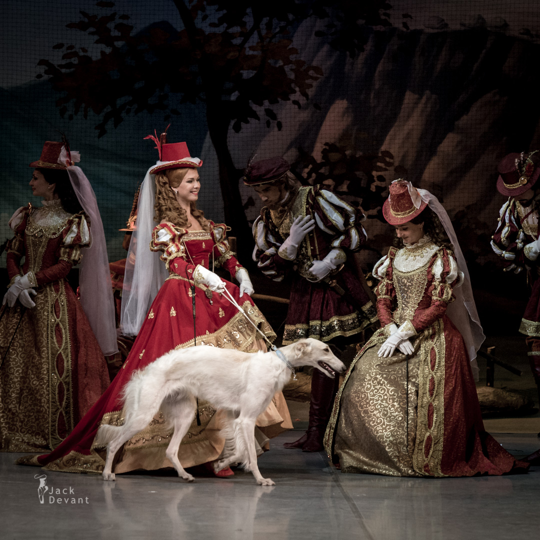 Olga Semyonova as Princes fiancèe in Giselle