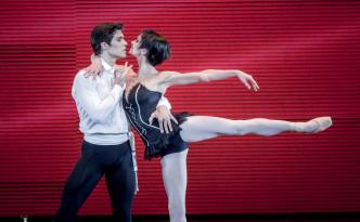 Polina Semionova and Roberto Bolle in Carmen Pas de Deux