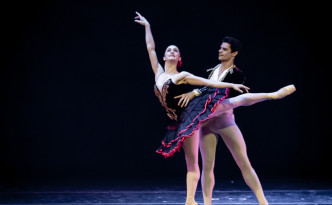Marianela Nunez and Thiago Soares in pdd from Don Quixote