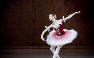Yekaterina Osmolkina in Paquita grand pas variation
