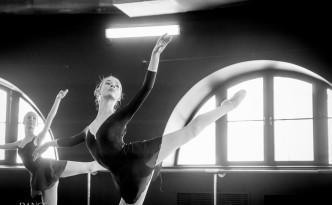 Alyda Carder-Greig doing master class