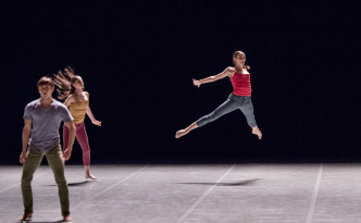 Secus, choreography by Ohad Naharin