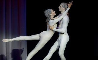 Triinu Leppik and Gabriel Davidsson in The dream in sculptors workshop