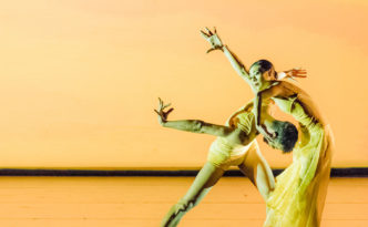 Yuan Yuan Tan and Vito Mazzeo in Symphonic Dances