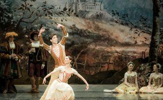 Giselle, Marta Navasardyan and Eneko Amoros in peasant pdd