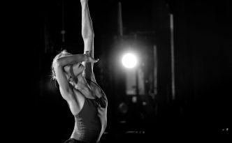 Maria Pogosyan-Semeniachenko rehearsing The Dying Swan