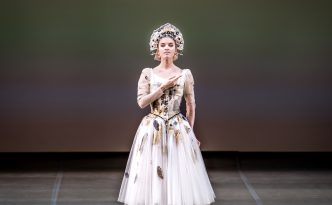 Maria Vinogradova in Russian Dance from the ballet Swan Lake
