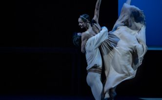 Polina Semionova and Ivan Zaytsev in the duet from Romeo and Juliet