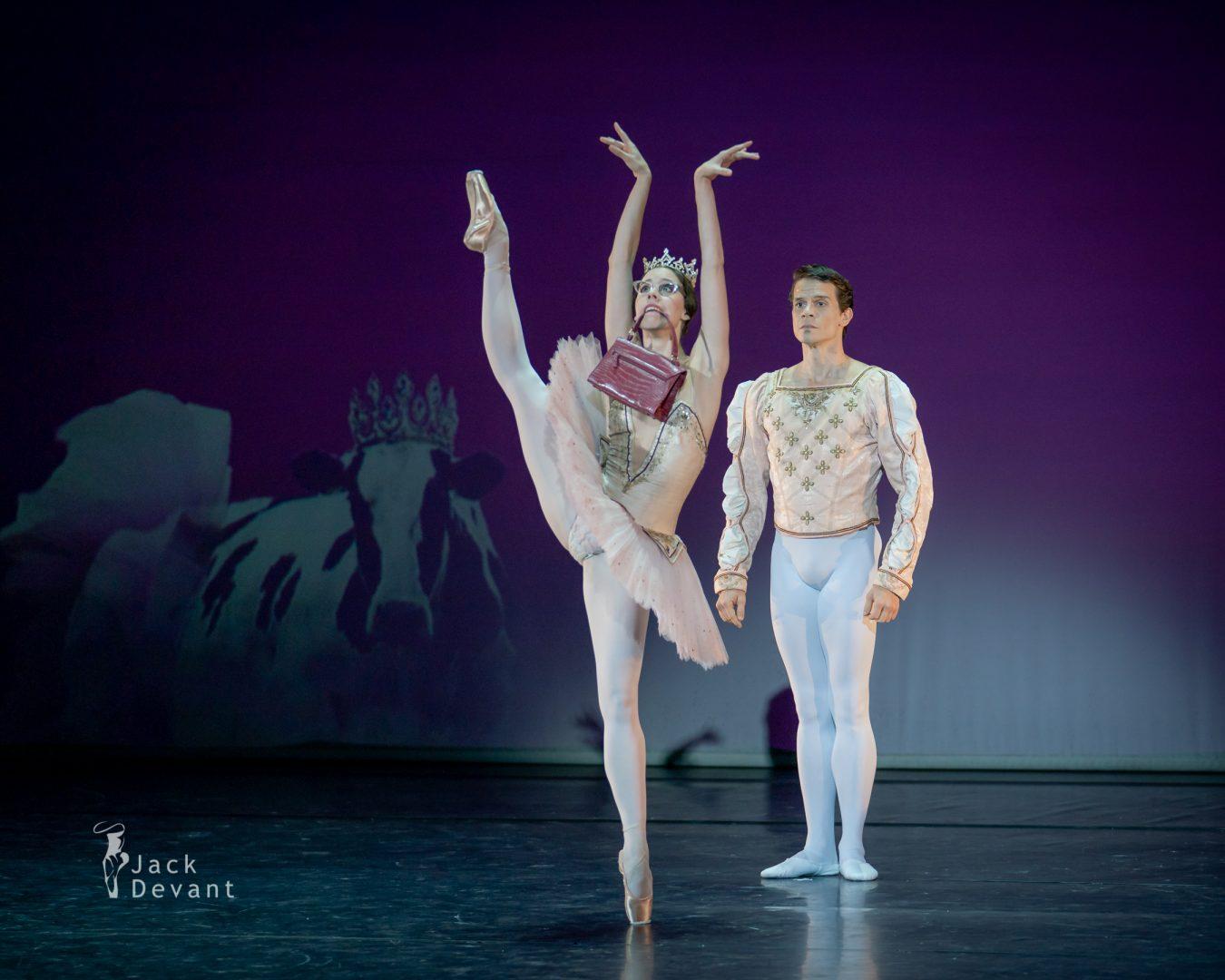 Elisa Badenes and Jason Reilly in Le Grand Pas de Deux